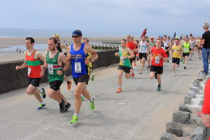 Leg 6 starts along to prom at Barmouth